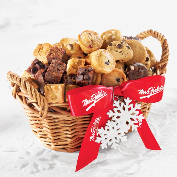 Holiday Delectable Bites Basket