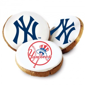 One Dozen New York Yankees White Logo Cookies