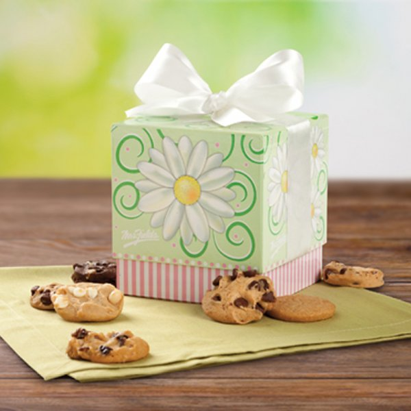 Sweet & Simple Ribbon Box
