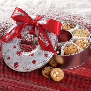 Holiday Wreath Tin