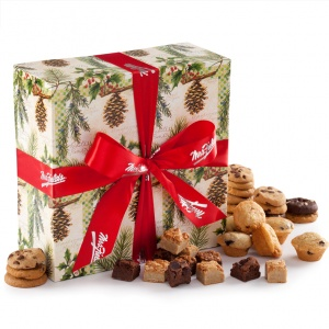 Pine Delecable Bites Gift Box