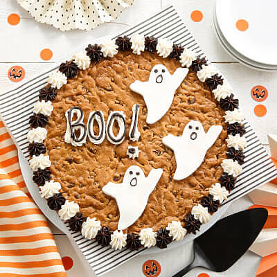 Say Boo! Cookie Cake